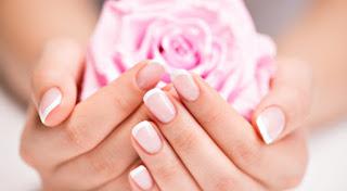Comment avoir des mains toutes douces en hiver? recette gommage naturel