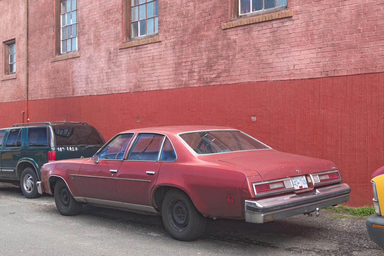 Malibu chevy classic malibu : Old Parked Cars Vancouver: 1976 Chevrolet Malibu Classic