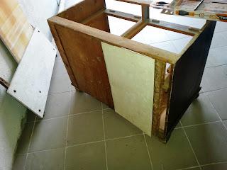 jak wykonać renowację mebli