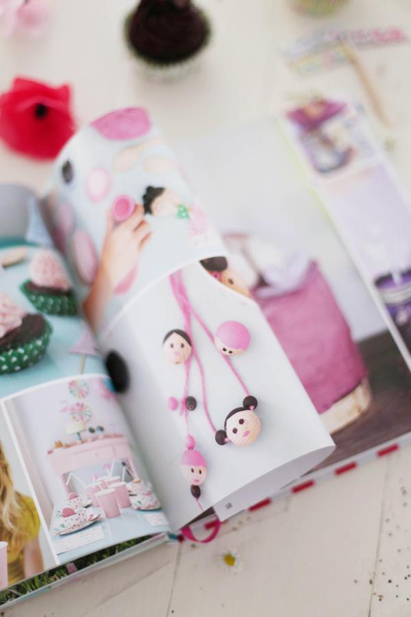 buchverlosung fr ulein klein feiert mit kindern und. Black Bedroom Furniture Sets. Home Design Ideas