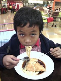 makan kenyang di pempek ny. kamti semarang
