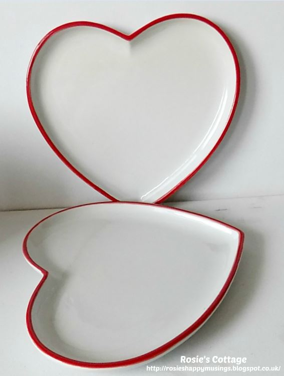Large Ceramic Heart Shaped Dinner Plates From Poundland