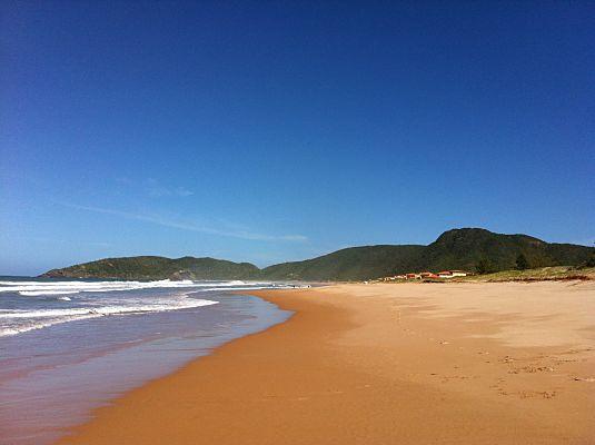 praia tucuns buzios