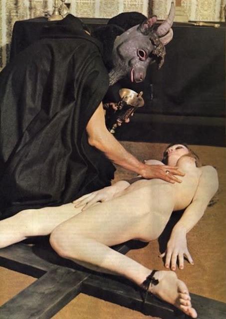 Секс ритуалы сатанистов смотреть онлайн