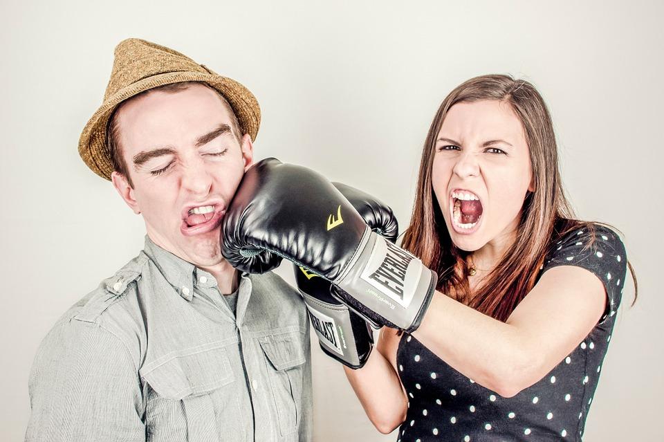 cara mengatasi pertengkaran dengan pasangan