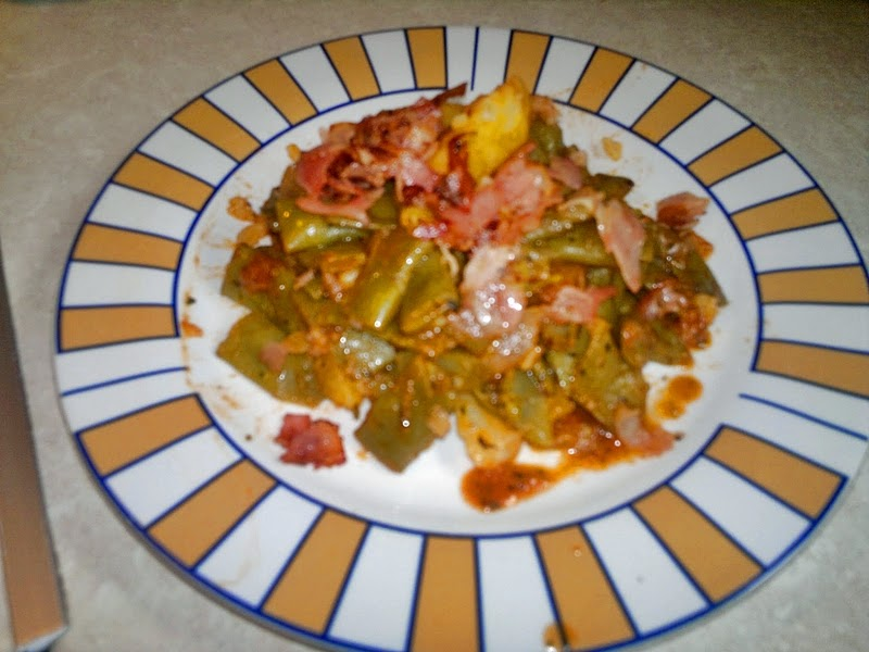 fasolakia with bacon