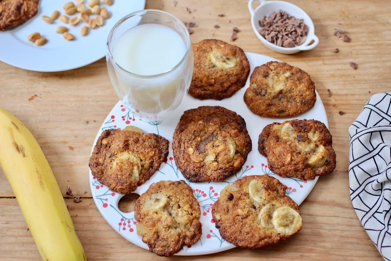 Schoko-Bananen-Cookies mit Erdnüssen Rezept