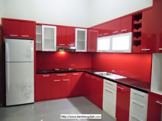 Kitchen Set Warna Merah Mengkilat Glossy