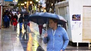 El Servicio Meteorológico Nacional emitió dos nuevos alertas para Entre Ríos. En uno se advierte sobre fuertes vientos que podrían llegar a 90 km/h. El otro da cuenta de la persistencia de las lluvias.