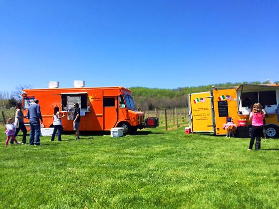 Alba Vineyard Food Truck Festival