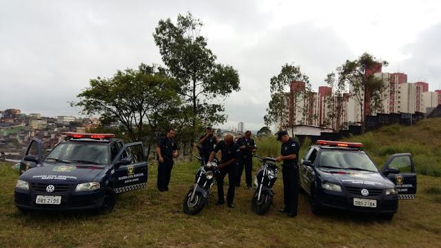 Ronda Setorial da Guarda Civil de Santo André localiza motos roubadas na favela do Santa Cristina