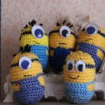 https://www.crazypatterns.net/en/items/12647/kostenlose-haekelanleitung-minions