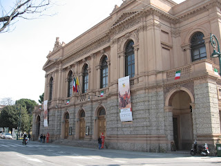Teatro Donizetti is built on the site of Teatro Riccardi, where Rubini was a violinist and chorister as a boy