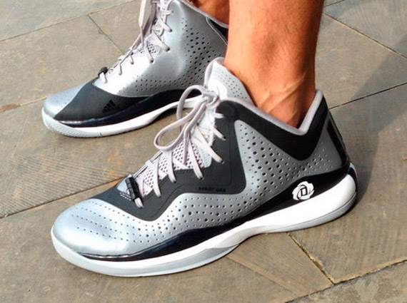 new concept c70ce 9f20d adidas d rose 773 iii black