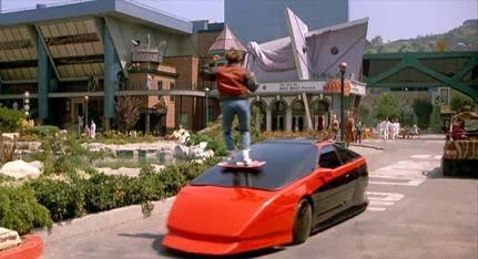 Jelenet a Vissza a jövőbe 2. című időutazós sci-fiből