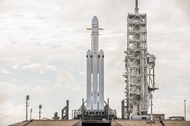 Canggihnya Roket Falcon 9 Spacex