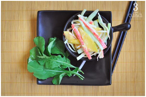 salada de kani e manga