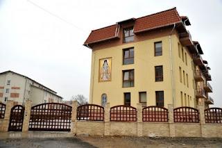 """Centrul de Ingrijiri Paliative """"Sfântul Ierarh Nectarie"""" Cluj-Napoca, Sfanta Liturghie si Parastas"""