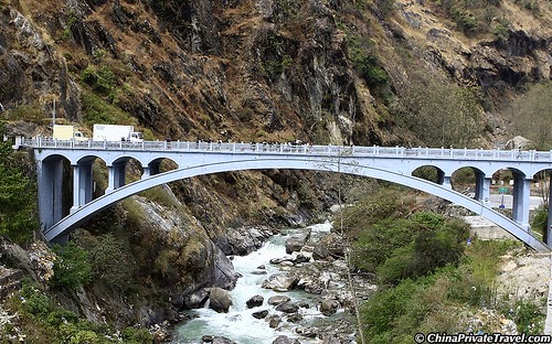 10 Amazing Border between Countries | The border between Nepal and China