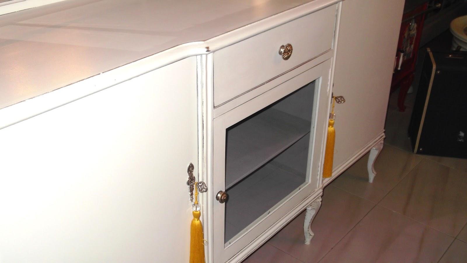 El desvan de mamen aparador blanco for Espejos para aparadores