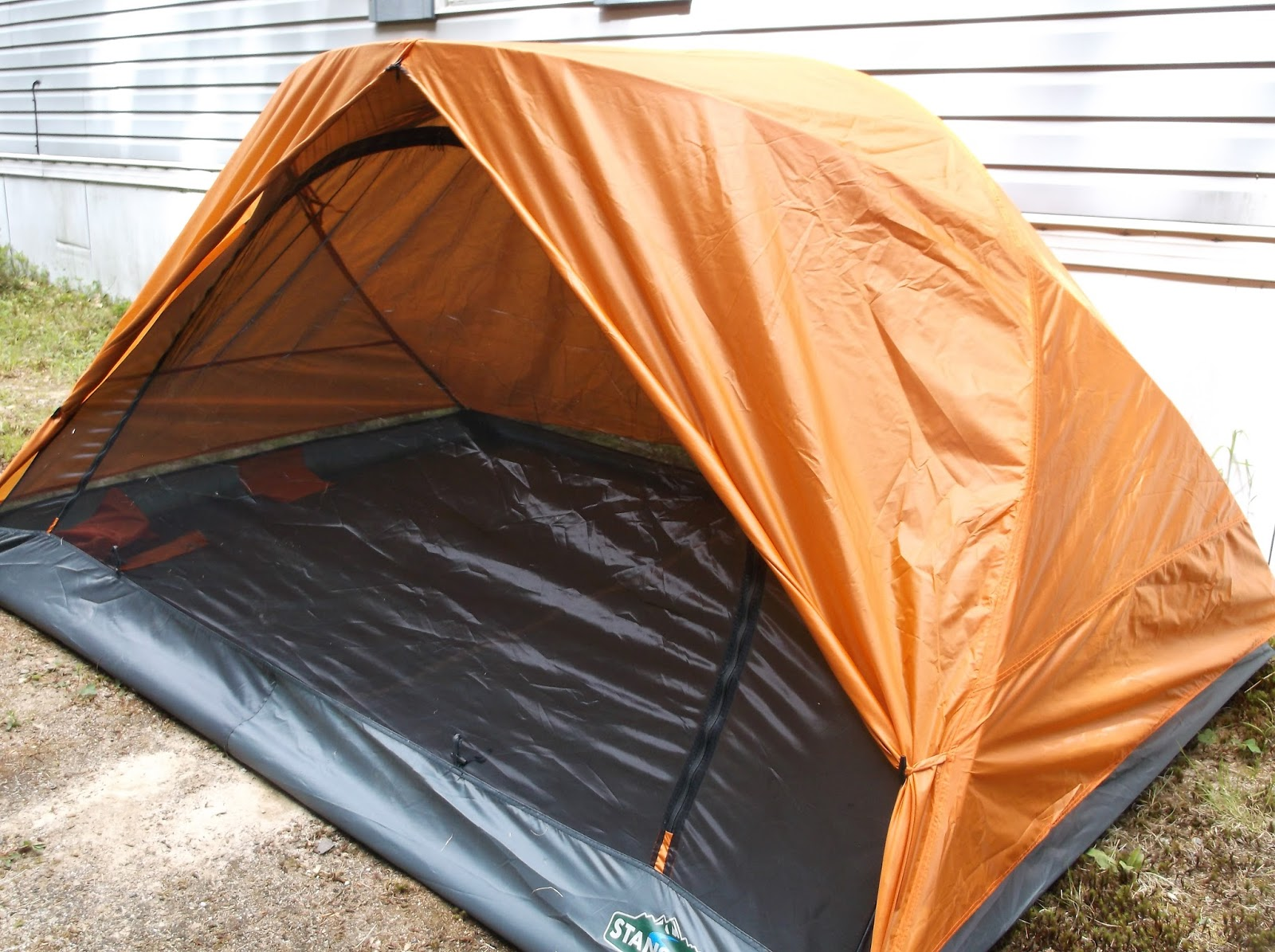 My Opinion I like this tent as you can use it during the day to let the kids play in and watch nature around you not to mention protect yourself from ... & Missys Product Reviews : Stansport Starlite Mesh Backpack Tent ...