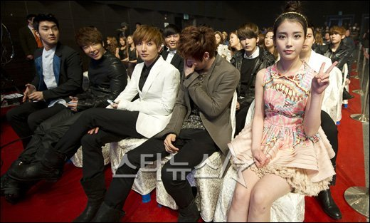 Eun hyuk and hyoyeon dating nake