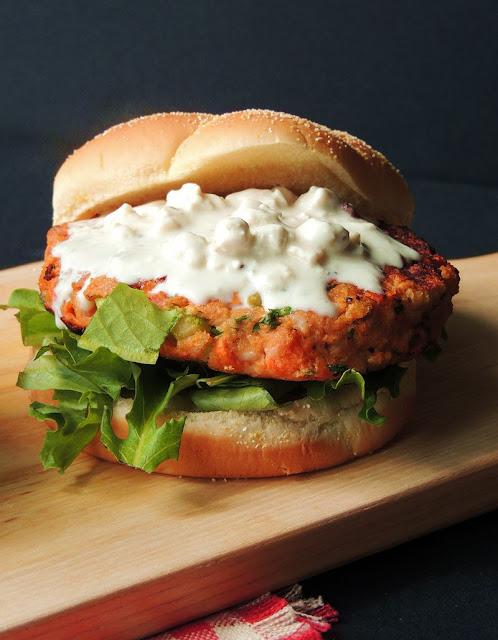 Buffalo Chicken Burger from www.bobbiskozykitchen.com
