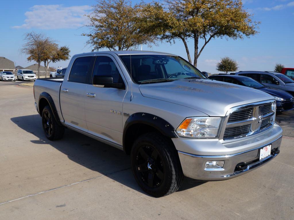 "Ford Odessa Tx >> Sale Price $24,998 2010 Dodge Ram 4x4 1500 Silver Crew Cab Truck. Has ""20 Black Custom Wheels ..."