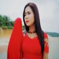 Lirik dan Terjemahan Lagu Rayola - Pakasiah Tak Baramuan