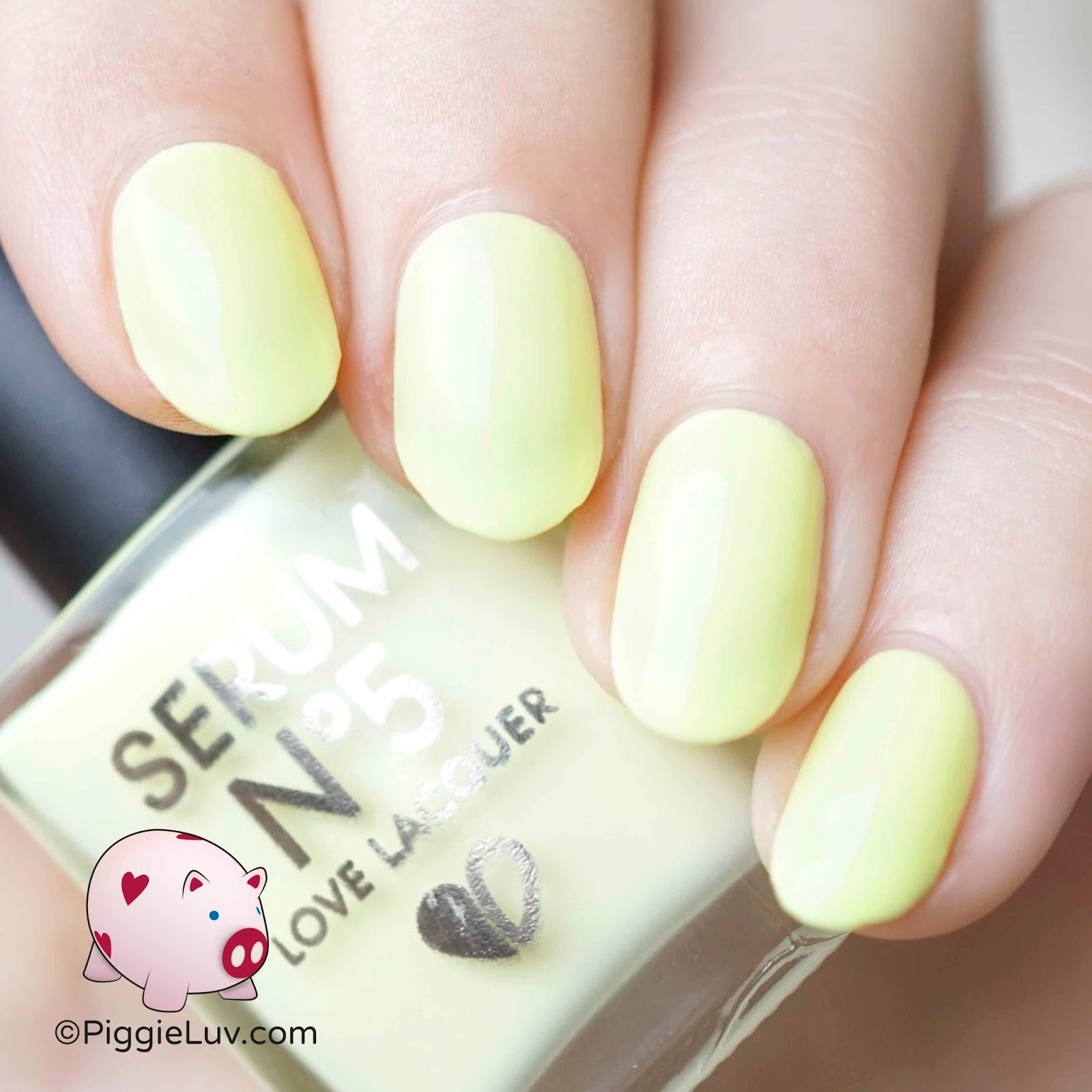 PiggieLuv: Serum No. 5 glow in the dark pastels swatches & review