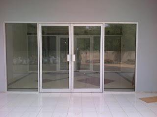 harga pintu kaca geser minimalis