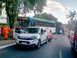 download%2B%25286%2529 - vários acidente nas vias do DF. Em 10 minutos, duas capotagens são registradas em vias do Distrito Federal