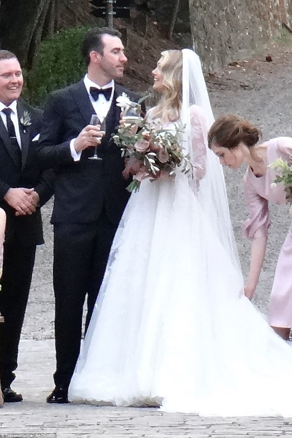 Kate Upton ties the knot with Justin Verlander in Italy