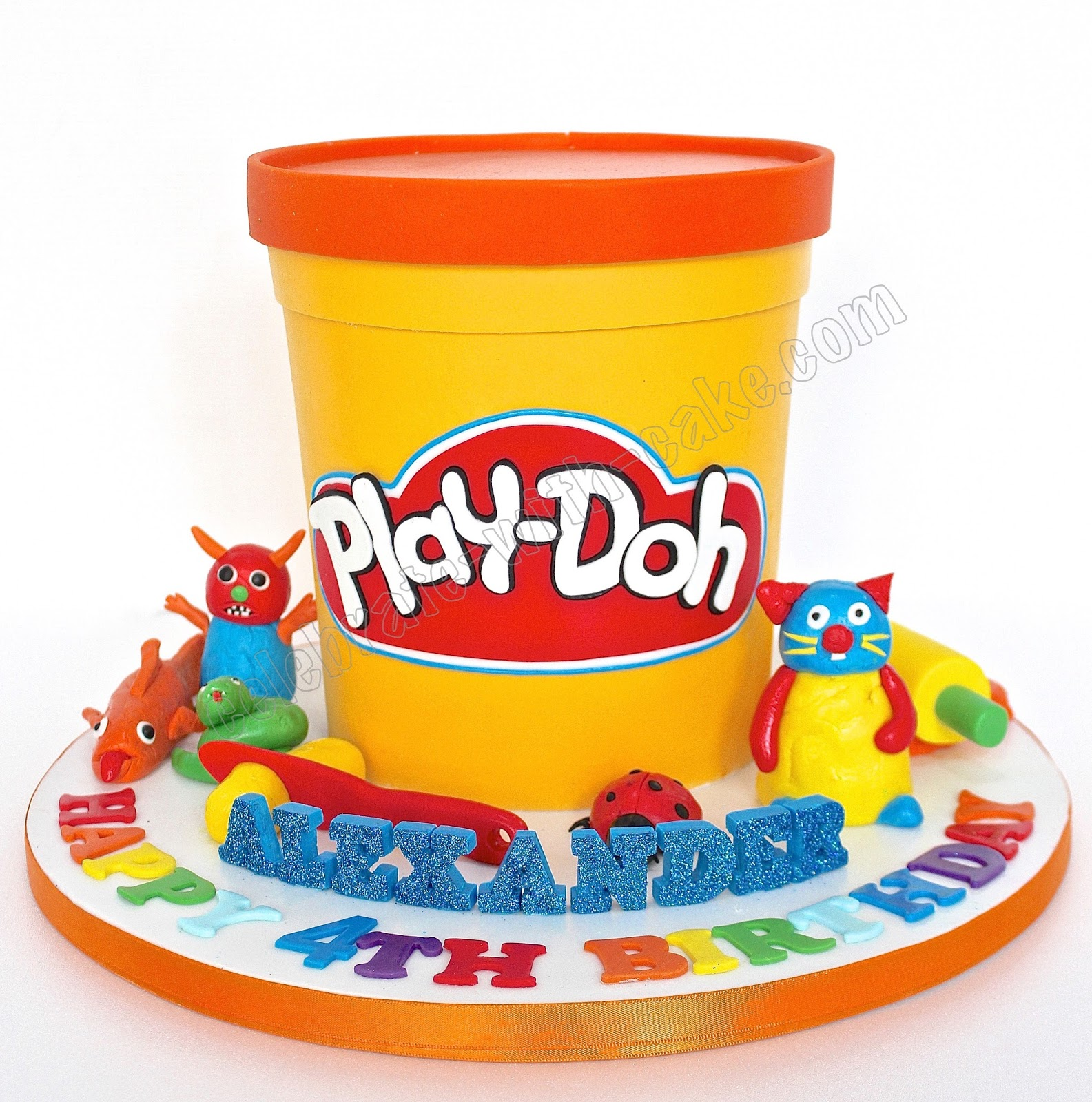 Celebrate with cake playdoh for Anpanman cake decoration