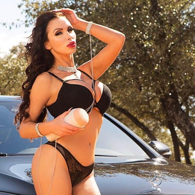 Nikki-Benz-Get-my-MVP-or-REIGN-on-Instagram