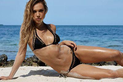 Alexis Ren: Beach Bunny Swimwear 2017