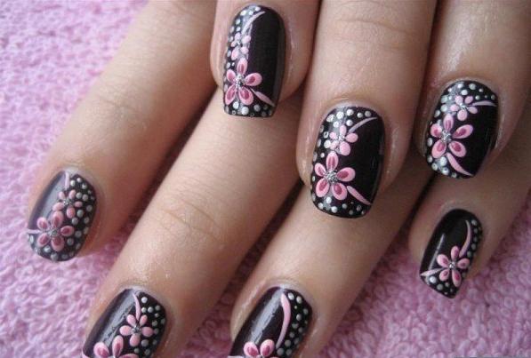 8 Diseños De Uñas Color Negro Con Flores ε Diseños De Uñas
