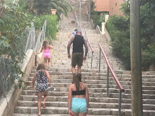 santa-ponsa-steps