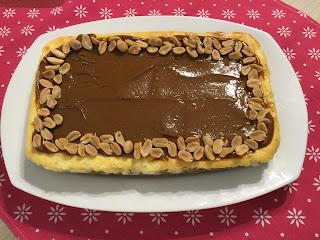 Sernik ze słonym karmelem i białą czekoladą - POEZJA