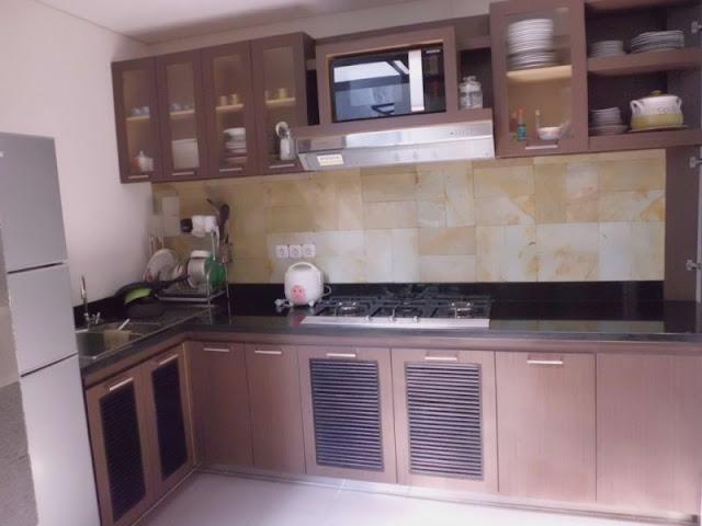 Model Meja Dapur Sederhana Yang Mungil Dan Cantik Rumah