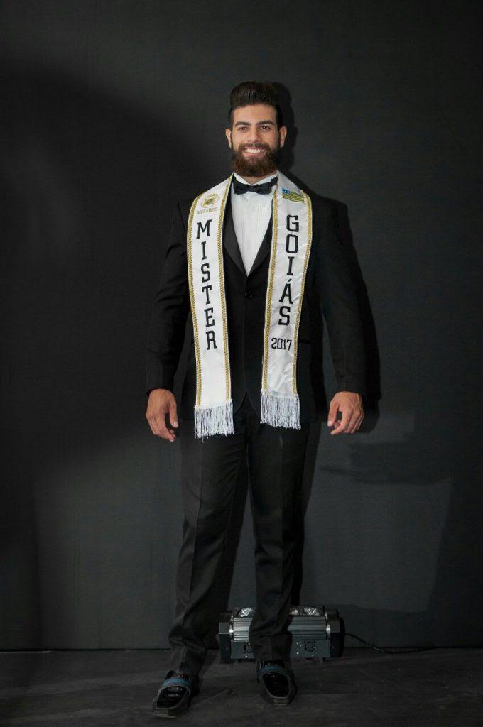 Helder Aquino foi eleito Mister Goiás 2017. Foto - André Luz