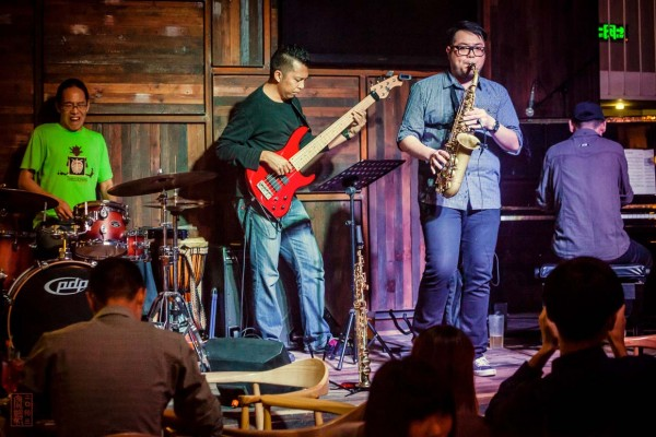 Influenced by Malaysian and other Asian cultures, the music of WVC TRiO +1 cuts across many musical genres and defies any kind of classification.