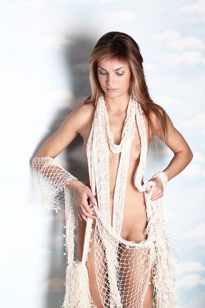 [Stunning18] Martina A - Revelation stunning18 07110
