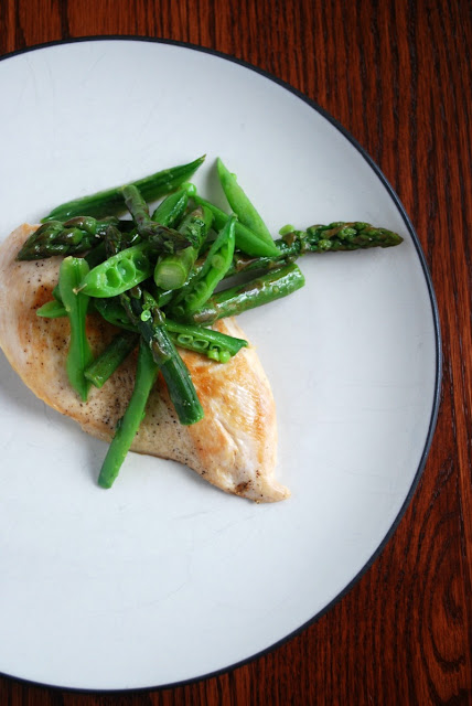 Easy Spring Chicken with Sugar Snap Pea, Asparagus, Mint and Lemon Salad