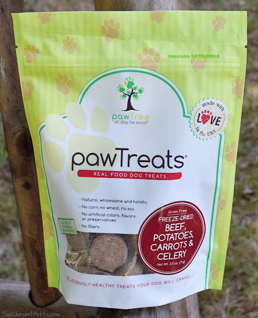 freeze-dried beef, potatoes, carrots, and celery pawtreats pawtree dog treats