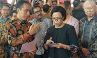 Setelah E-Commerce, Kini Sri Mulyani Kaji Pajaki Jualan di Medsos