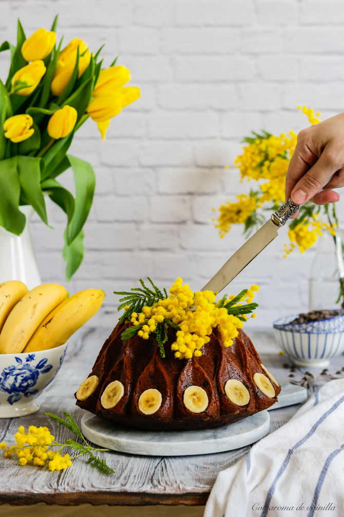 Bundt cake plátano y chocolate