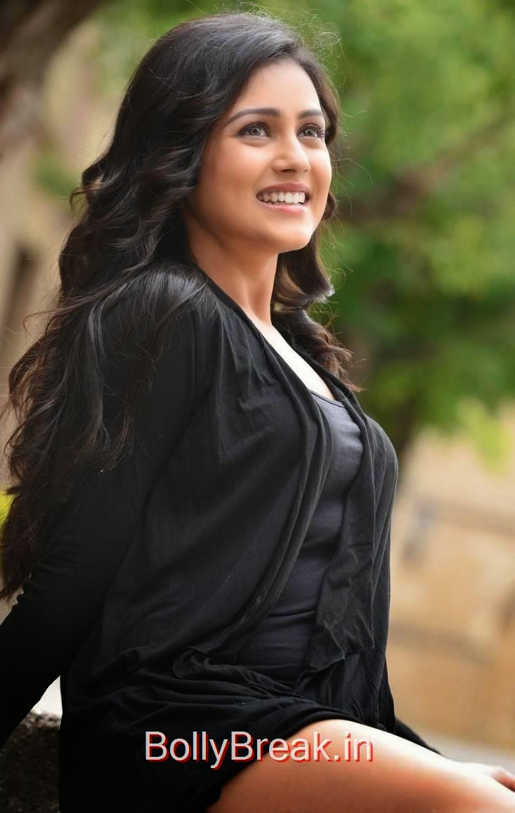 Mishti Chakraborty Pictures, Mishti Chakraborty hot pics in Black Dress