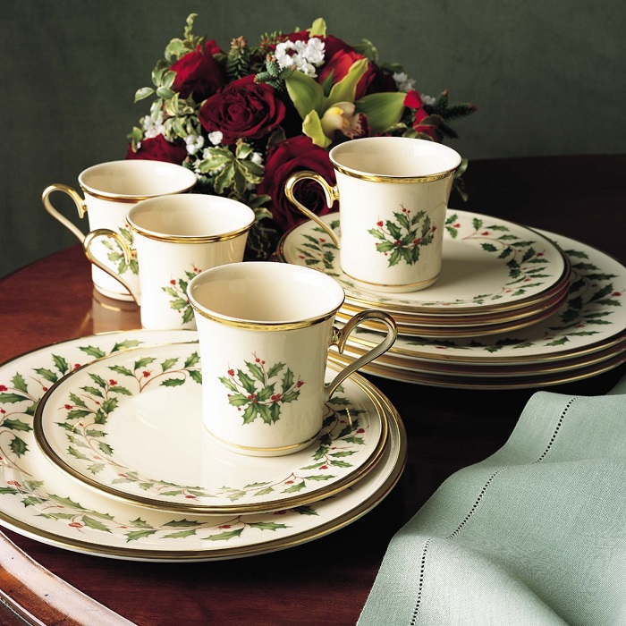 Lenox Holiday 12-Piece Dinnerware Set & Christmas Holiday Dishware: Best-Rated Christmas Holiday Dinnerware ...