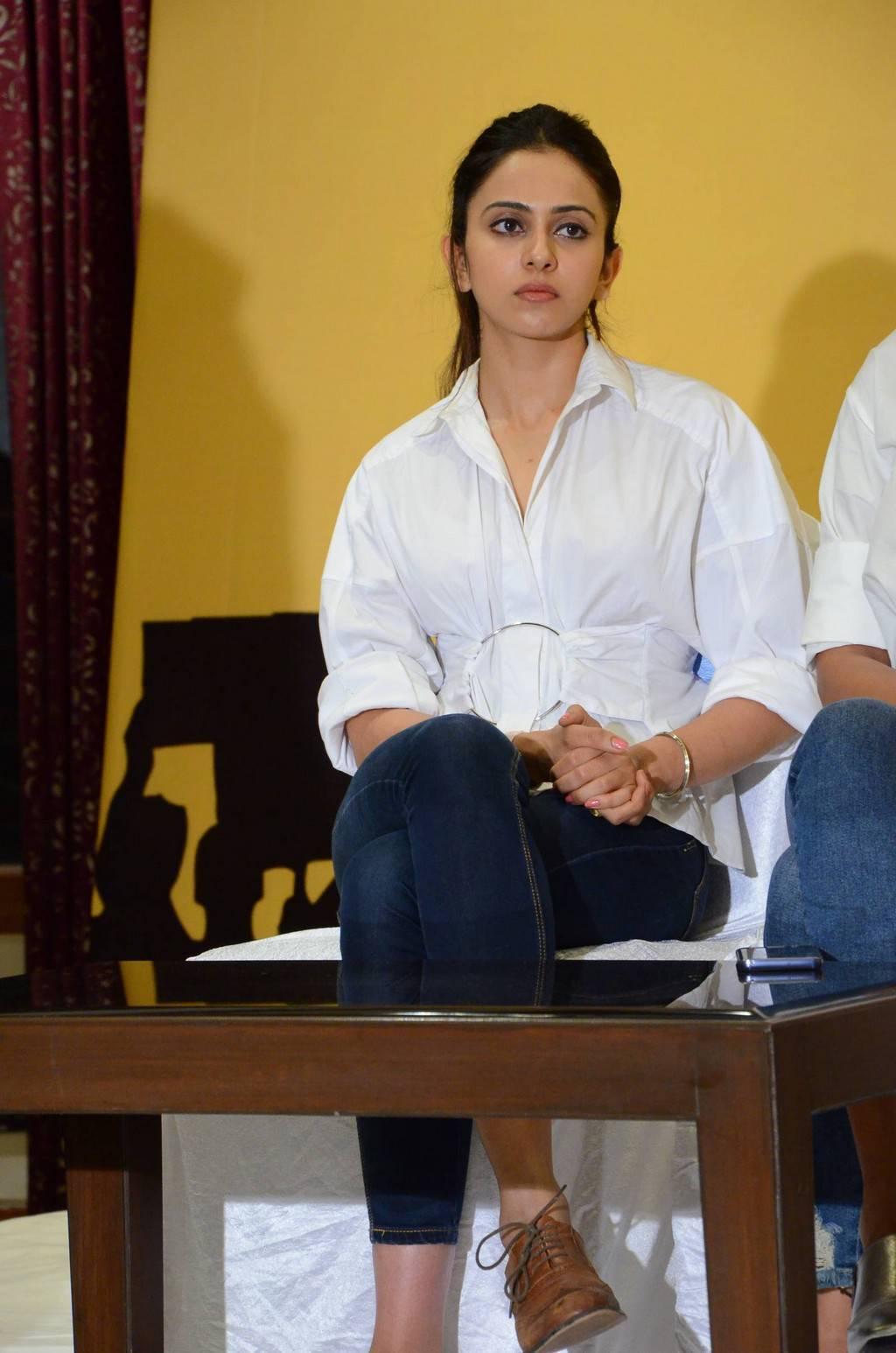 Rakul Preet Singh Pics At MAA Chalana Chitra Nirasana Press Meet